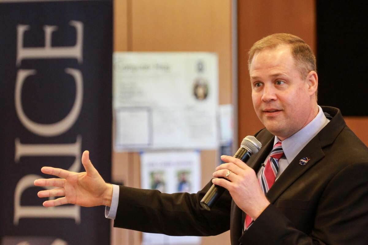 Rice Alumnus and NASA Administrator Jim Bridenstine speaking at the first Owls in Space Symposium hosted by SEDS Rice.