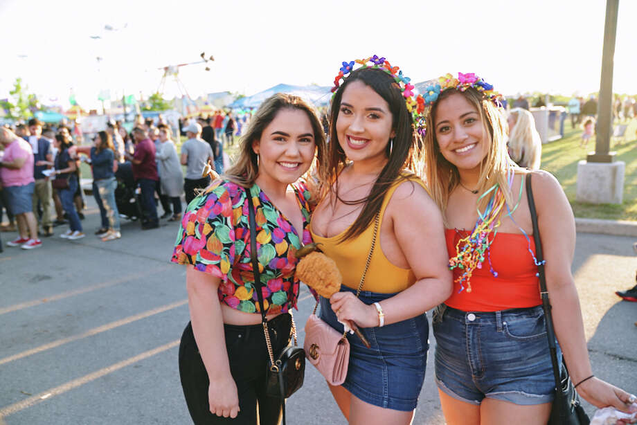 John Wolfe brought country to the Oyster Bake when he performed Saturday, April 14, 2019, at St. Mary's University. Photo: Chavis Barron For MySA.com