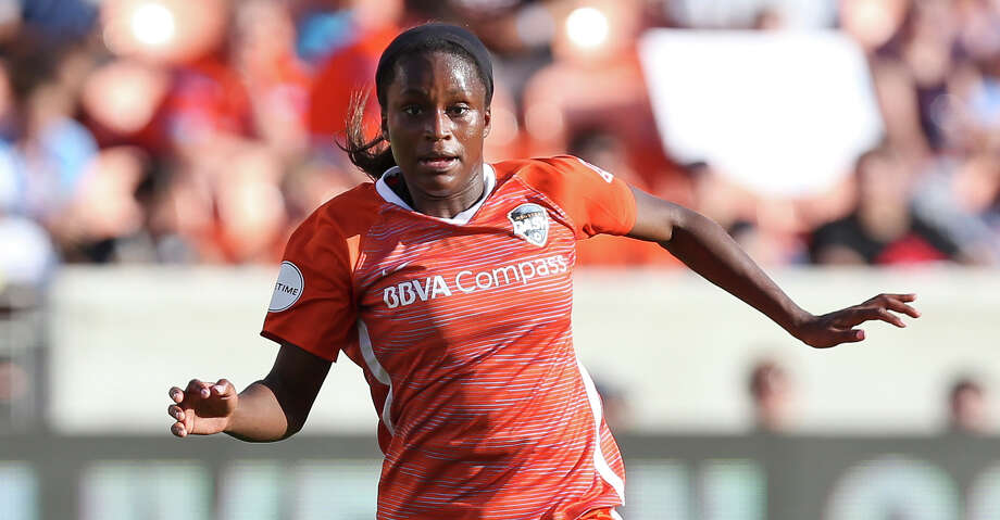 Houston Dash forward Nichelle Prince (14) dribbles during the second half of the season opener NWSL game against the Chicago Red Stars at BBVA Stadium on Sunday, March 25, 2018, in Houston. The Houston Dash and the Chicago Red Stars tied at 1-1. ( Yi-Chin Lee / Houston Chronicle ) Photo: Yi-Chin Lee/Houston Chronicle / © 2018 Houston Chronicle