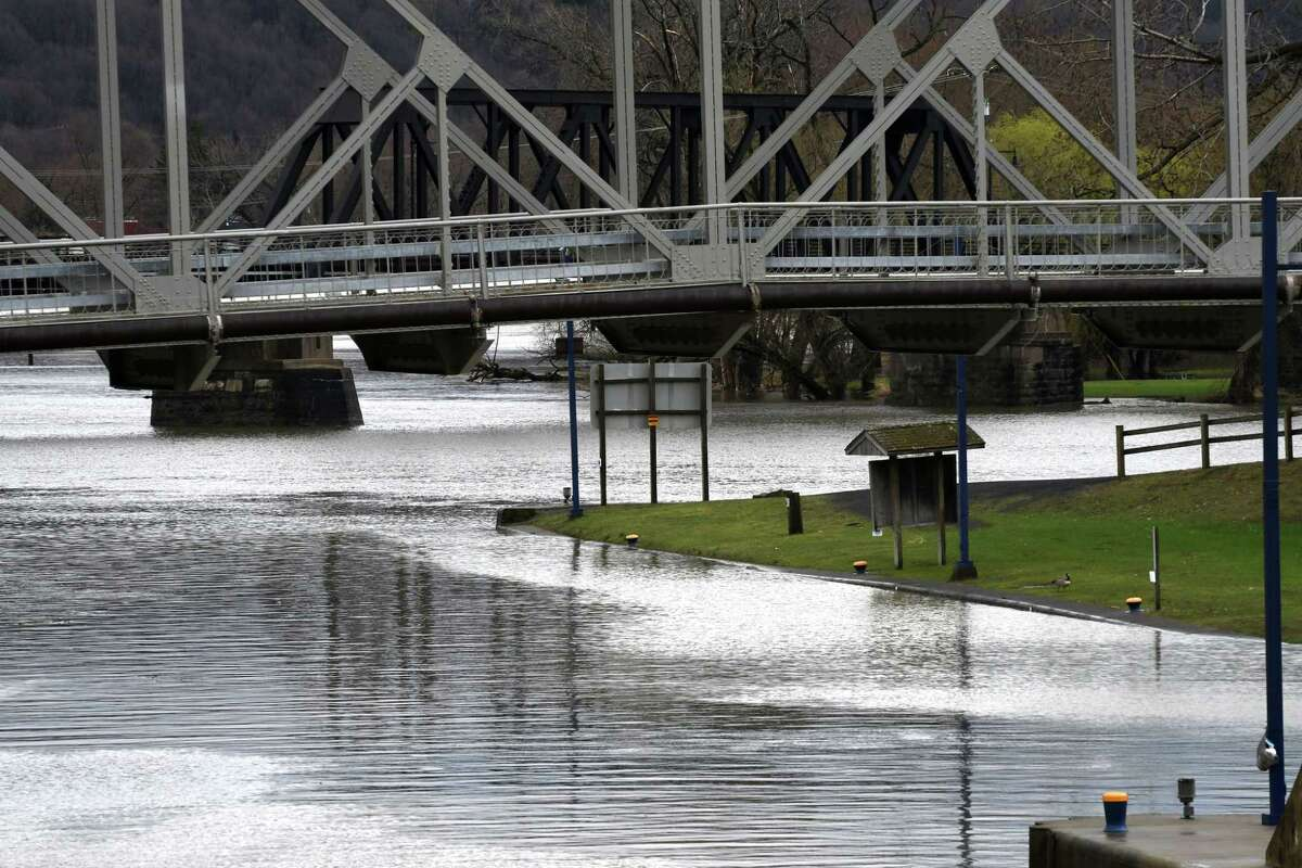 High water levels were seen on the Mohawk River near Lock E-2 following an overnight rainstorm on Monday, April 15, 2019, in Waterford, N.Y.(Will Waldron/Times Union)