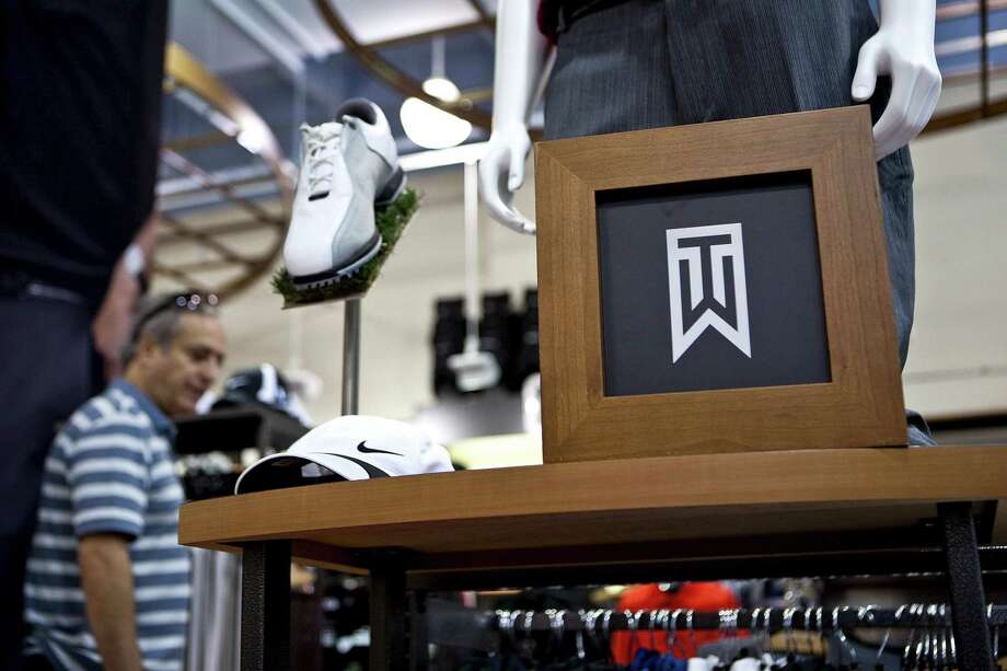 Nike Tiger Woods Collection golf apparel in 2010. Photo: Bloomberg Photo By Ramin Talaie. / © 2010 Bloomberg Finance LP