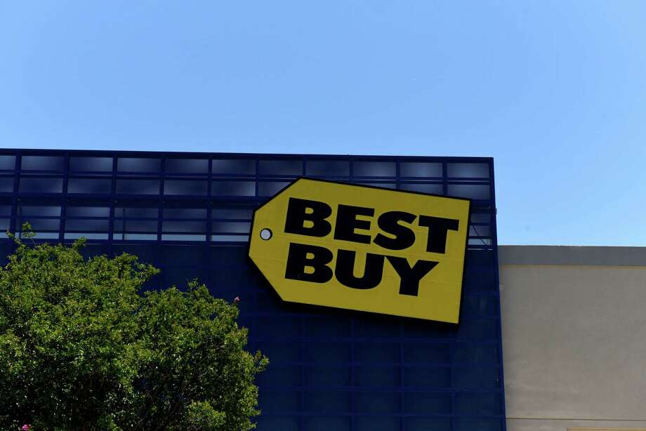 A Best Buy store in San Antonio, Texas. Photo: Bloomberg Photo By Callaghan O'Hare. / © 2018 Bloomberg Finance LP