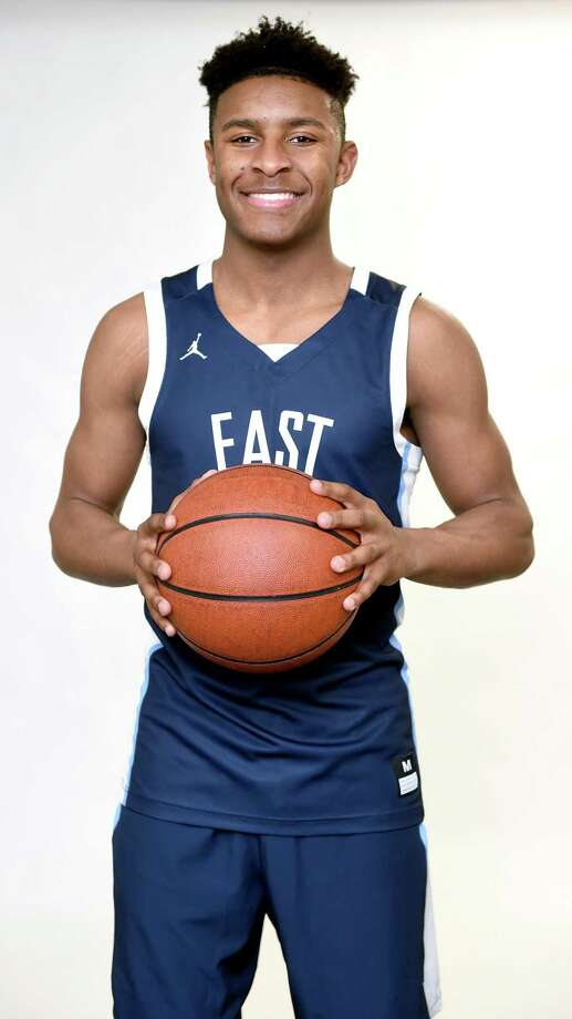 East Catholic's Jaylin Hunter is the Register/GameTimeCT boys basketball State Player of the Year. Photo: Arnold Gold / Hearst Connecticut Media / New Haven Register