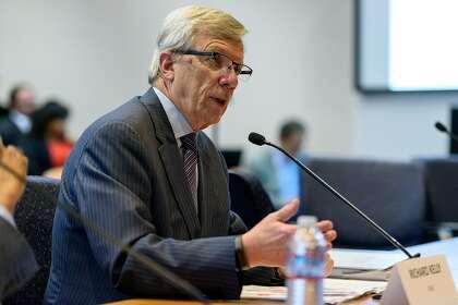 PG&E seeks higher rates, drops board member in bid for Wall Street's favor