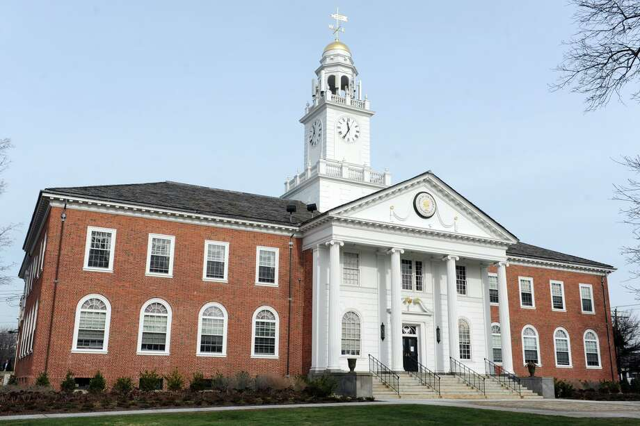 Exterior, Stratford Town Hall, in Stratford, Conn. Jan.15, 2016. Photo: Ned Gerard / Hearst Connecticut Media / Connecticut Post