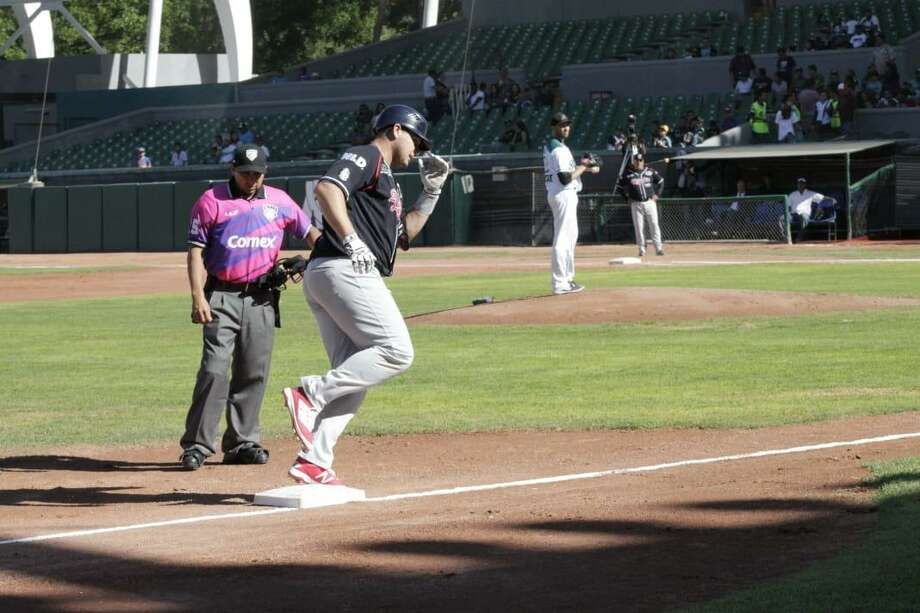 Balbino Fuenmayor has a hit in all nine games this season leading the Tecolotes Dos Laredos with a .462 average and 15 RBIs. Photo: Courtesy Of The Tecolotes Dos Laredos