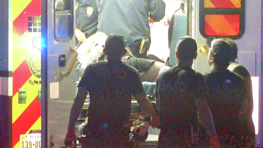Police responded to the stabbing at 1 a.m. in the 400 block of Vance Jackson Road. Photo: Ken Branca