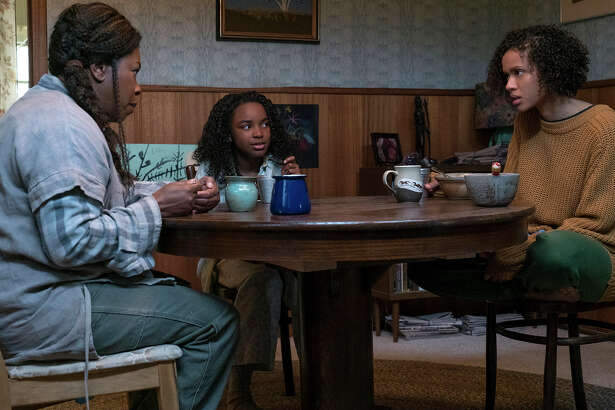 """Three generations of women - from left: Bo (Lorraine Toussaint), Lila (Saniyya Sidney) and Ruth (Gugu Mbatha-Raw) - have supernatural abilities in Julia Hart's """"Fast Color."""""""