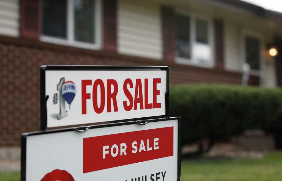 Marion Franke reviews the merits of buying or selling your home in the spring. Photo: David Zalubowski, STF / Associated Press / Copyright{2018} The Associated Press. All rights reserved.