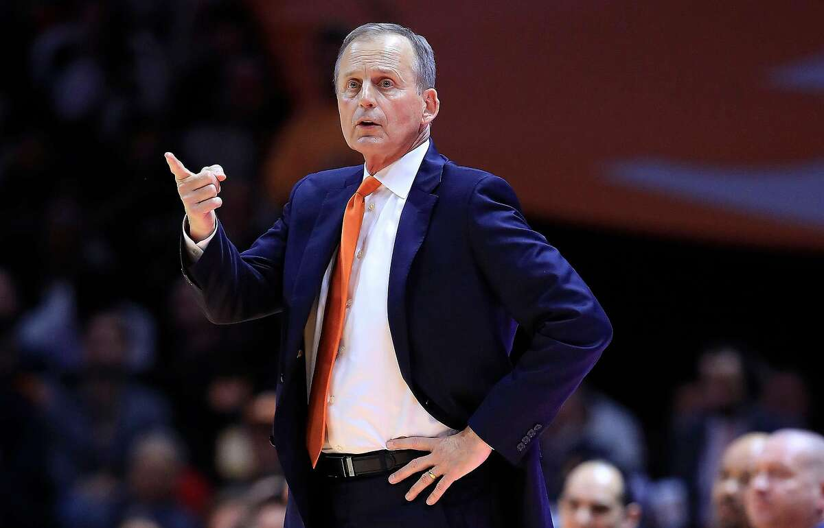 Tennessee head coach Rick Barnes gives instructions to his team in a March 2, 2019, game against Kentucky at Thompson-Boling Arena in Knoxville, Tenn. Barnes is one of two new names that have emerged in UCLA's basketball coaching search. The other is Oklahoma's Lon Kruger. (Andy Lyons/Getty Images/TNS) **FOR USE WITH THIS STORY ONLY**