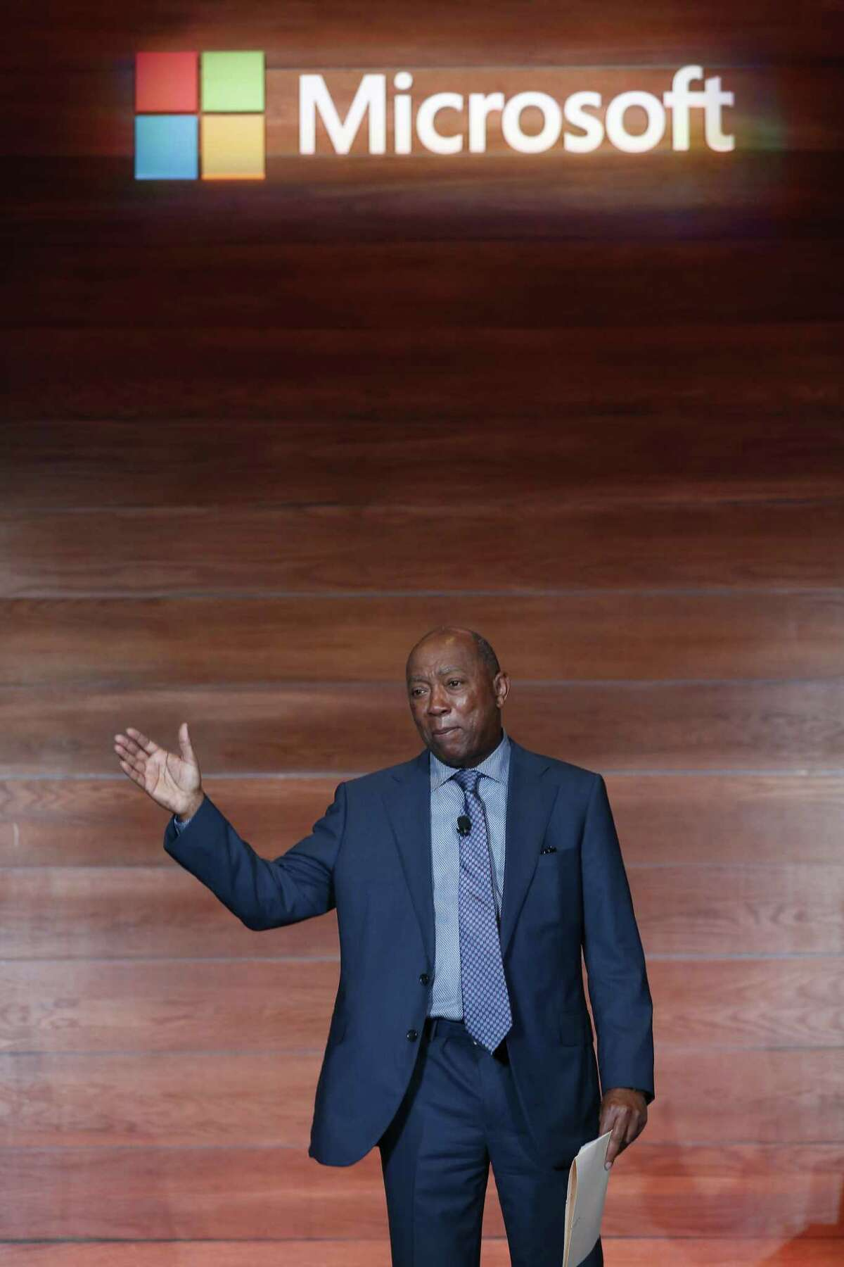 Mayor Sylvester Turner speaks at the Microsoft IoT in Action Solution Builder Conference Tuesday, April 16, 2019, in Houston.