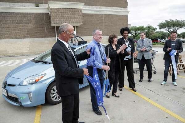 Kroger's autonomous delivery cars latest salvo in Houston