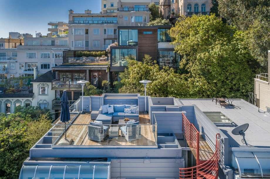Rare home on magical Macondray Lane has iconic San Francisco views