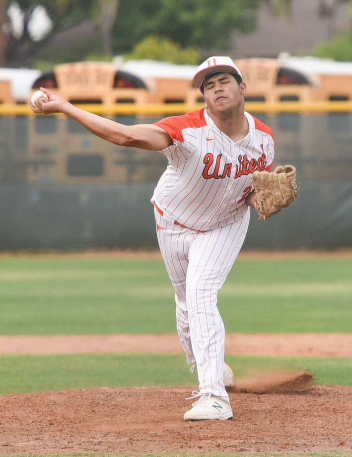 United's Adrian Castillo pitched a no-hitter Tuesday at Krueger Field holding Nixon to two walks with seven strikeout in five innings. Photo: Danny Zaragoza / Laredo Morning Times