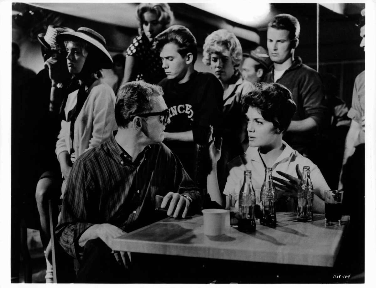 Connie Francis sitting at a table at a college hangout in a scene from the film 'Where The Boys Are', 1960. (Photo by Metro-Goldwyn-Mayer/Getty Images)