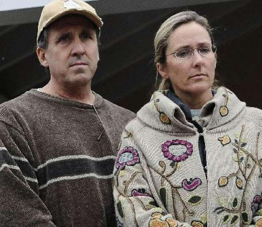 Sandy Hook parents ask court to reinstate their lawsuit against Newtown