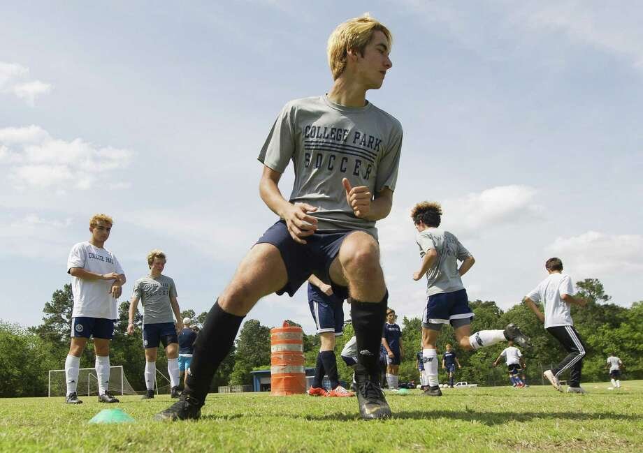 College Park forward Axel Hevener (7) goes through aglity drills during soccer practice at College Park High School, Wednesday, April 17, 2019, in The Woodlands. Photo: Jason Fochtman, Houston Chronicle / Staff Photographer / © 2019 Houston Chronicle