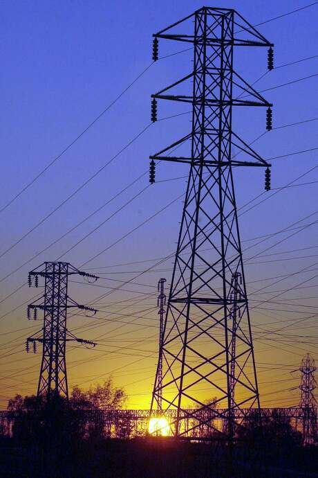 House Bill 3995 would stifle competition for energy transmission and require any new energy company to seek permission from Texas before it could offer services. This bill is clearly designed to protect incumbent energy companies at the expense of consumers.