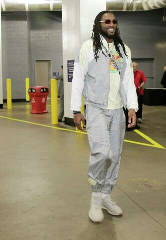 30df6320353e Houston Rockets forward Kenneth Faried (35) walks into the Toyota Center  before Game 2