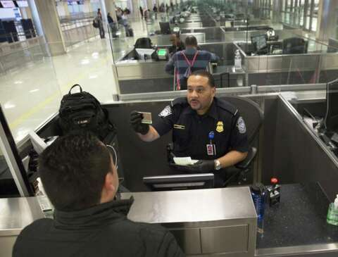 How to avoid airport waits with the miraculous Mobile Passport - SFGate