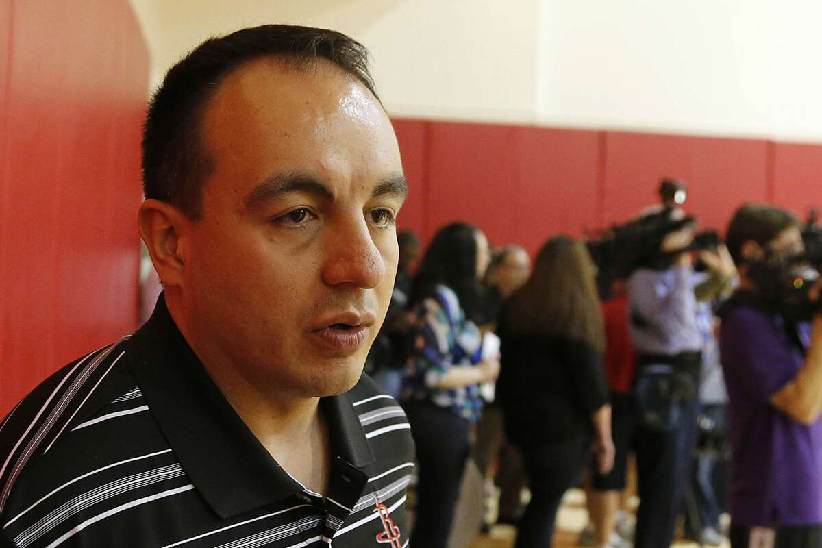 rockets vp gersson rosas to with timberwolves