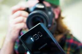 This is what the Galaxy S8 looks like under a macro lens The Galaxy S8 is a beautiful phone all around. CNET photographer Josh Miller took a series of macro photos to show off some of its tiniest features.