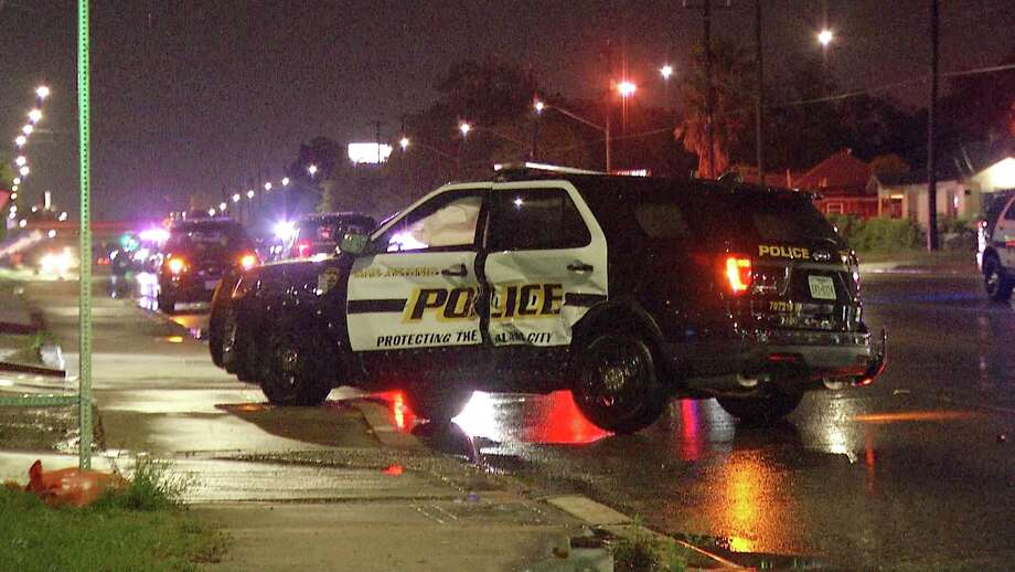A San Antonio police officer suffered injuries to his head and back after his car was t-boned by an SUV on April 18, 2019. Photo: Ken Branca