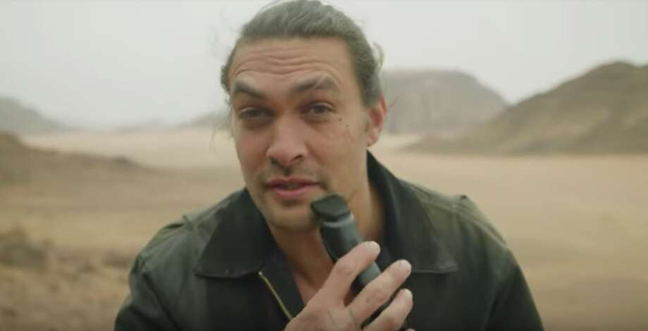 Khal Drogo goes clean-shaven. >>See how some reacted to news that he shaved his beard in the photos that follow... Photo: Screenshot By Erin Carson/CNET