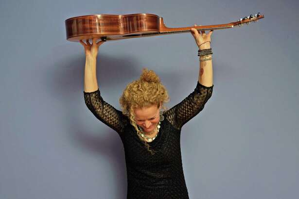Musician Lara Herscovitch will offer a multimedia presentation along with a post-dinner concert at Wisdom House.