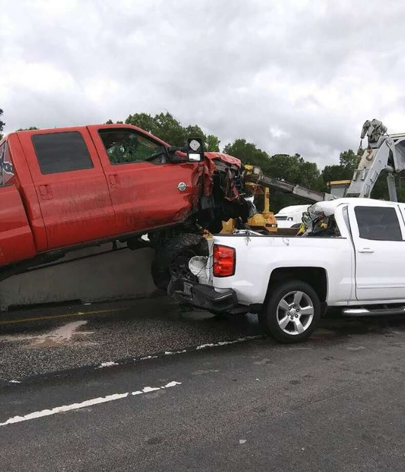 A 9 vehicle pile-up has closed part of the Interstate 10 Photo: Jefferson County Sheriff's Office