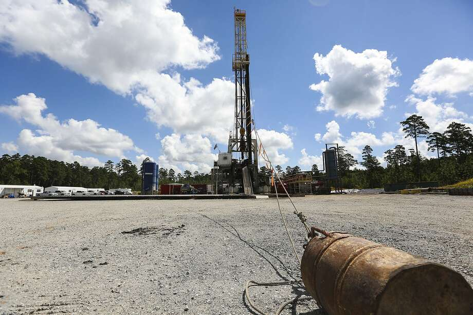Drilling and natural fracking wells in the Haynesville shale in East Texas lead by Exxon Mobile and XO Energy on Tuesday, July 19, 2016. Photo: Elizabeth Conley, Staff Photographer
