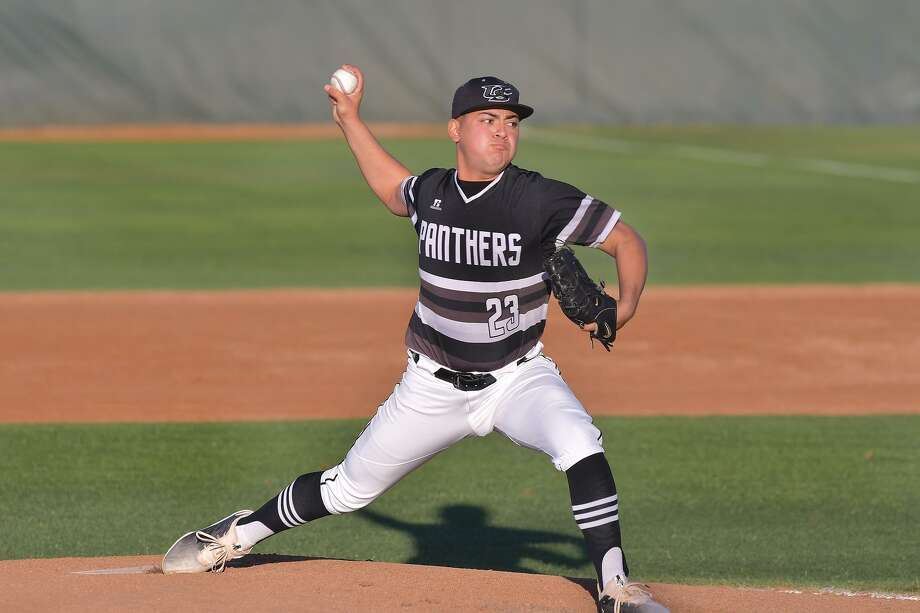 United South's Hector Alva was named first-team all-district at pitcher and was also named to the second team at catcher. Photo: Cuate Santos /Laredo Morning Times File / Laredo Morning Times
