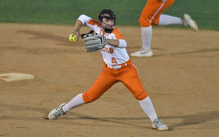 Eva Garcia and United will play in the regional quarterfinals for the first time in school history as they face No. 5 Edinburg Vela in a one-game series at 7 p.m. Friday in Hebbronville. Photo: Cuate Santos / Laredo Morning Times File / Laredo Morning Times