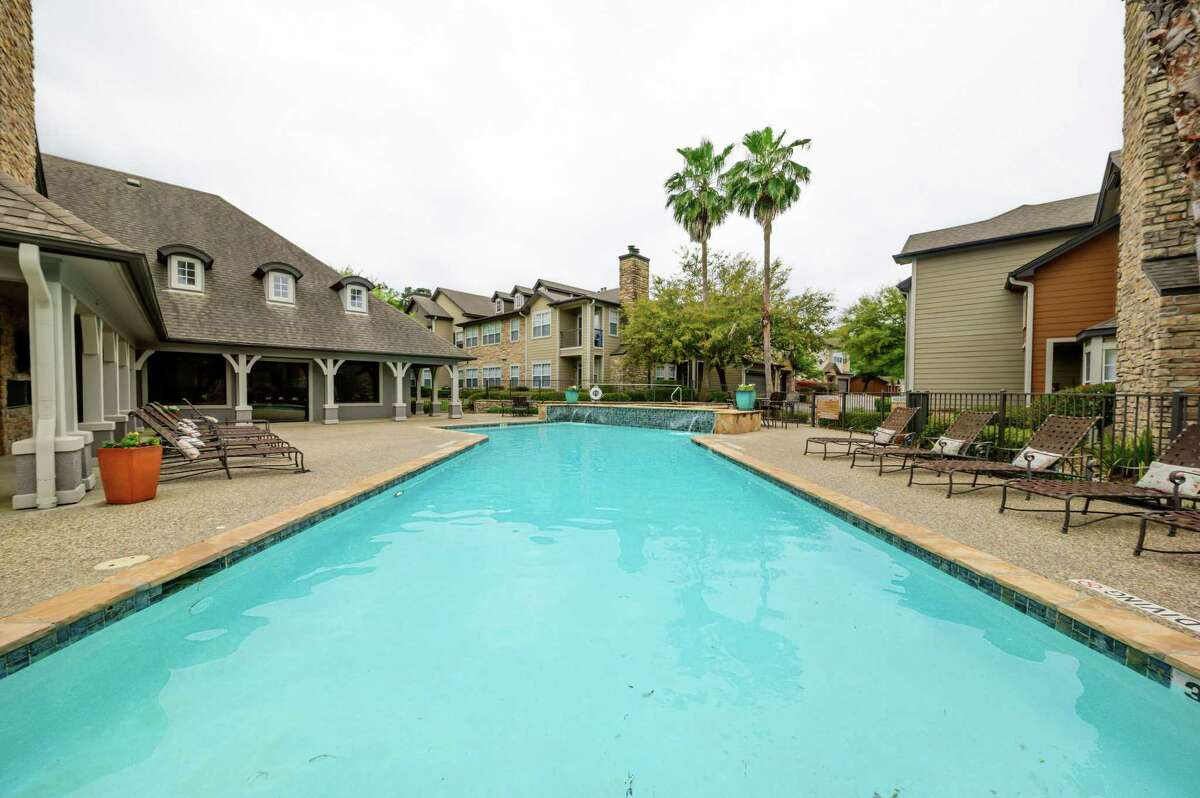 Tampa-based American Landmark Apartmentshas added Artisan at LakeWyndemere,a320-unit apartment property at 2109 Sawdust Road in The Woodlands, to its portfolio. The seller wasDallas-based Provident RealtyAdvisors.