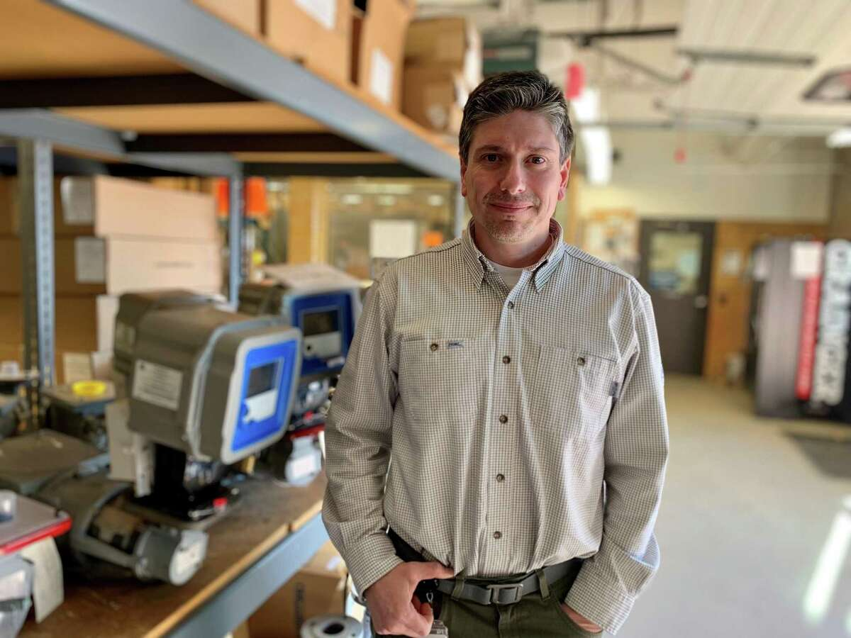 Middletown native Darrell Kuhne is a graduate of Eversource's natural gas field tech program.
