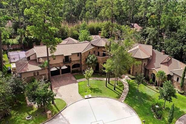AFTER: 25 Greyton Lane, Bunker Hill Village House sold $5 million - $5.9 million 11,899 square feet