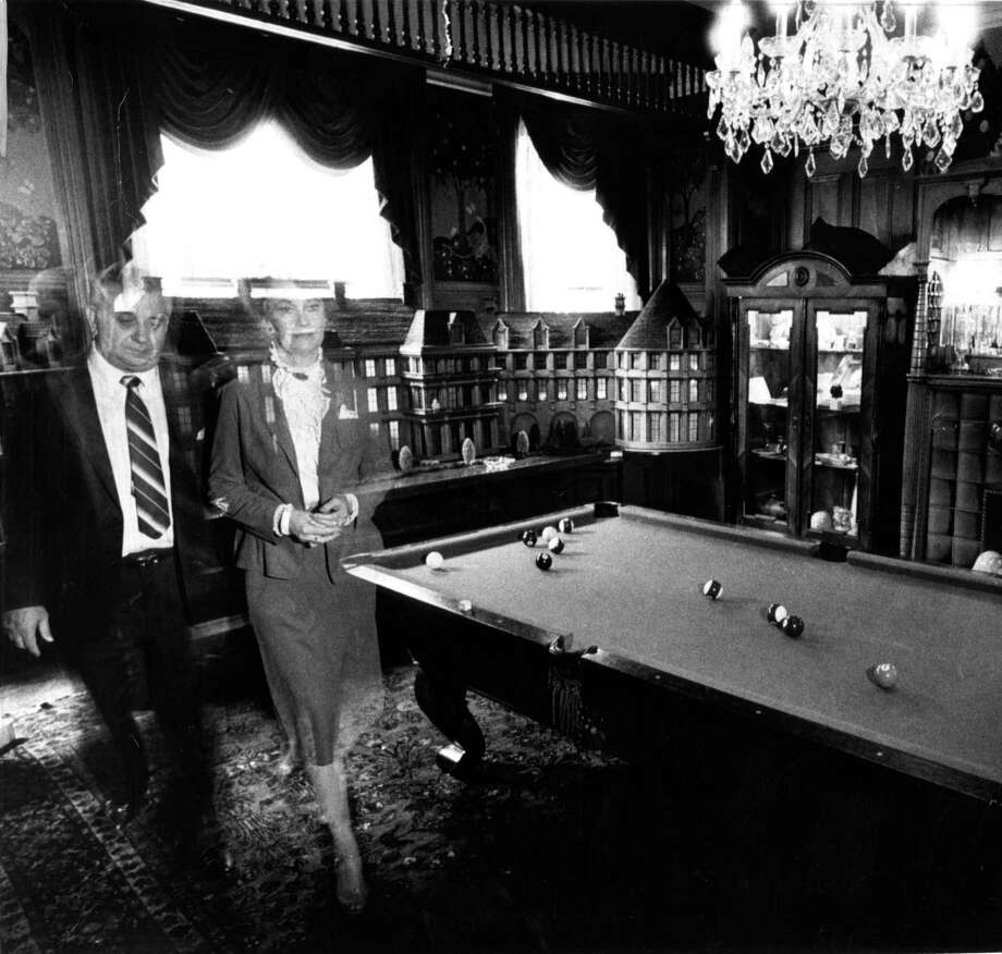 Ed and Lorraine Warren Demonologists at the Masions Hotel on Sacramento Street in San Francisco, Calif on Sept. 12, 1982. Photo: San Francisco Chronicle File Photo