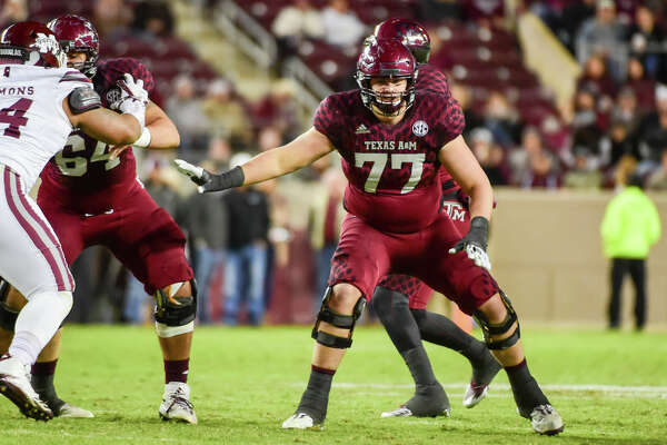 COLLEGE STATION, TX - OCTOBER 28: Texas A&M Aggies offensive lineman Ryan McCollum (77) prepares to pass block during the football game between the Mississippi State Bulldogs and the Texas A&M Aggies on October 28, 2017 at Kyle Field in College Station, Texas. (Photo by Ken Murray/Icon Sportswire via Getty Images)