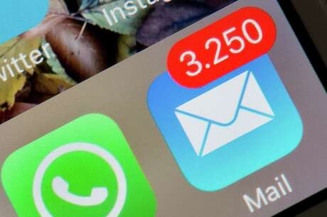 E-Mails on an iPhoneThe display of an iPhone shows the mail app indicating 3,250 unread emails in Dresden, Germany, 13 April 2016. Photo: Arno Burgi/dpa | usage worldwide (Photo by Arno Burgi/picture alliance via Getty Images)