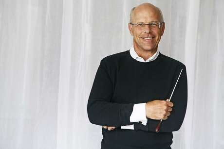 Conductor Michael Krajewski is back for the Houston Symphony's Very Merry Pops concerts.