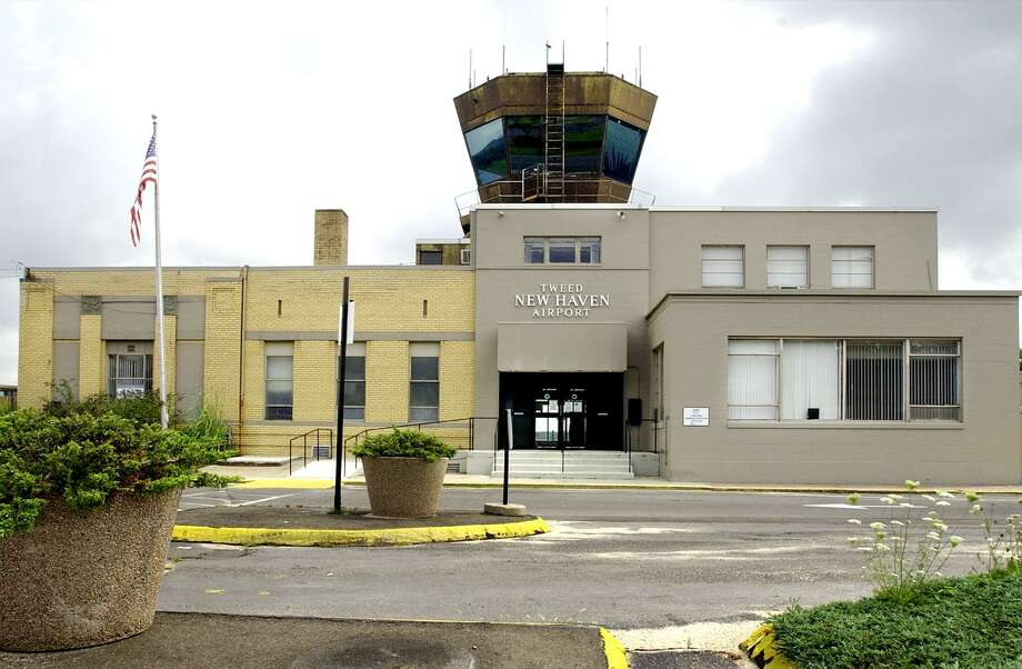 Connecticut Airport Authority officials will soon begin formal negotiations to take over operations of Tweed New Haven Airport. Photo: File Photo