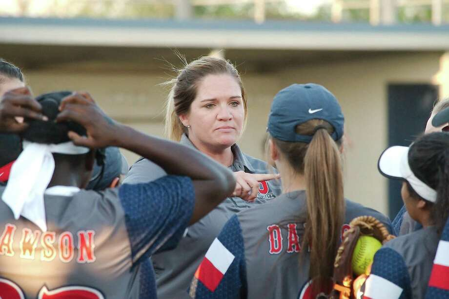Dawson softball coach Katelyn Welch says she will leave no stone unturned in preparing for the playoffs. Photo: Kirk Sides / Houston Chronicle / © 2018 Kirk Sides / Houston Chronicle
