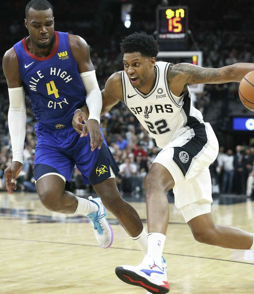 Rudy Gay, FAge: 32Contract status: Believed to be signing a two-year, $36 million dealOutlook: He averaged 13.7 points and a career-high 6.8 rebounds per game last season for the Spurs - his best since before a major injury.
