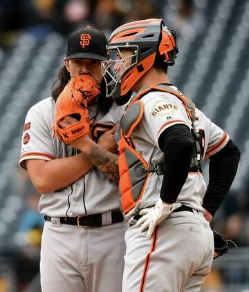 Buster Posey's first homer in 10 months helps Giants end losing streak
