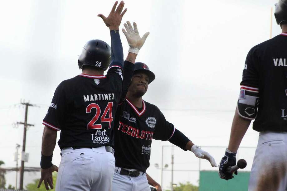 The Tecolotes Dos Laredos won 10-5 in Nuevo Laredo over Leones de Yucatan on Sunday to take the overall series 2-1. The Tecos had home runs from Juan Martinez and Johnny Davis as well as Arturo Rodriguez to combine for six of their runs. Photo: Courtesy Of The Tecolotes Dos Laredos /