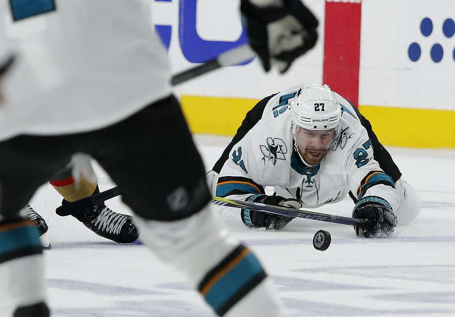 Joonas Donskoi and the Sharks host Vegas in Game 7 of their first-round series at 7 p.m. Tuesday (NBCSCA, NBCSN/98.5). Photo: John Locher / Associated Press