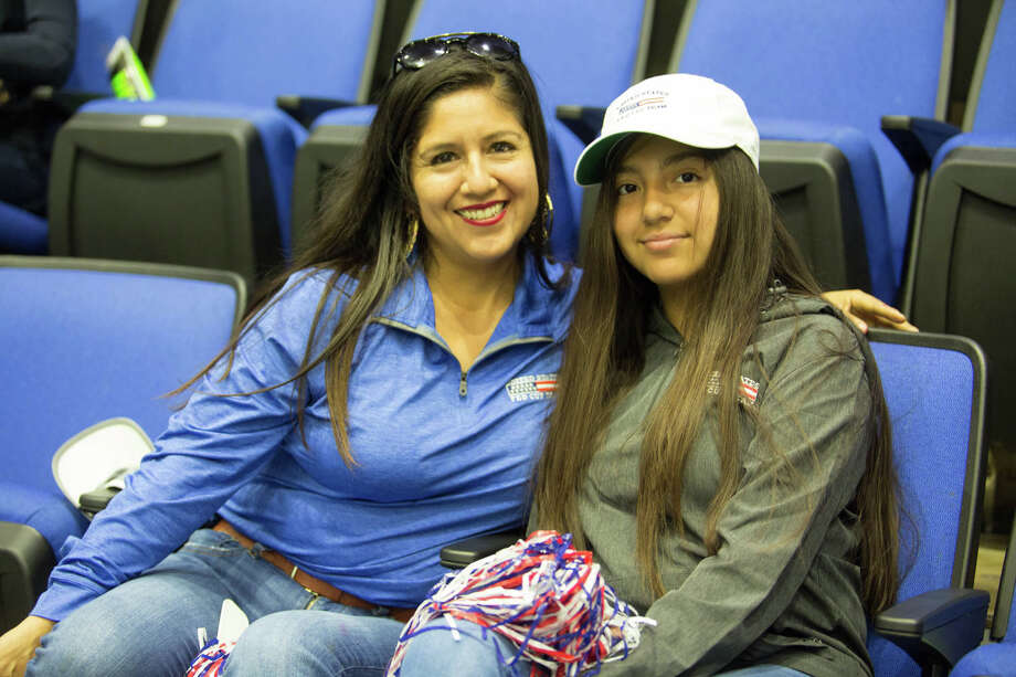 San Antonio sports fans spent Easter Sunday, April 21, 2019, cheering on the United States Fed Cup Team as they took on Switzerland in a World Group Playoff competition at the Freeman Coliseum. The U.S. won 3-2 matches, which lifts them into the World Group at next year's Fed Cup. Photo: B. Kay Richter, For MySA.com