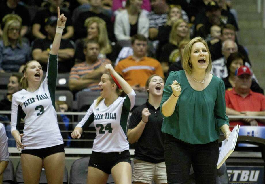 Clear Falls' head coach Lyndsay Hodges encourages her team during a Class 6A state semifinal game against Amarillo during the UIL State Volleyball Championships in 2014. Photo: JASON FOCHTMAN / Jason Fochtman