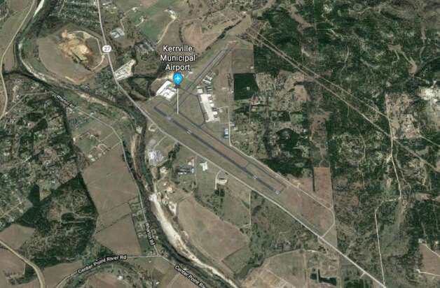 April 22, 2019 The National Transportation Safety Board is investigating a fatal plane crash reported Monday morning near Kerrville, according to a Federal Aviation Administration spokesperson.  A twin-engine Beechcraft BE58 crashed around 9 a.m. as it was preparing to land at Kerrville Municipal Airport, the spokesperson said. Photo: Google Maps