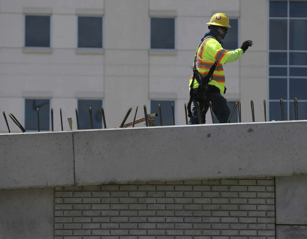 Construction continues on the new ramp south of the Loop 610 interchange with Interstate 69 on April 22.